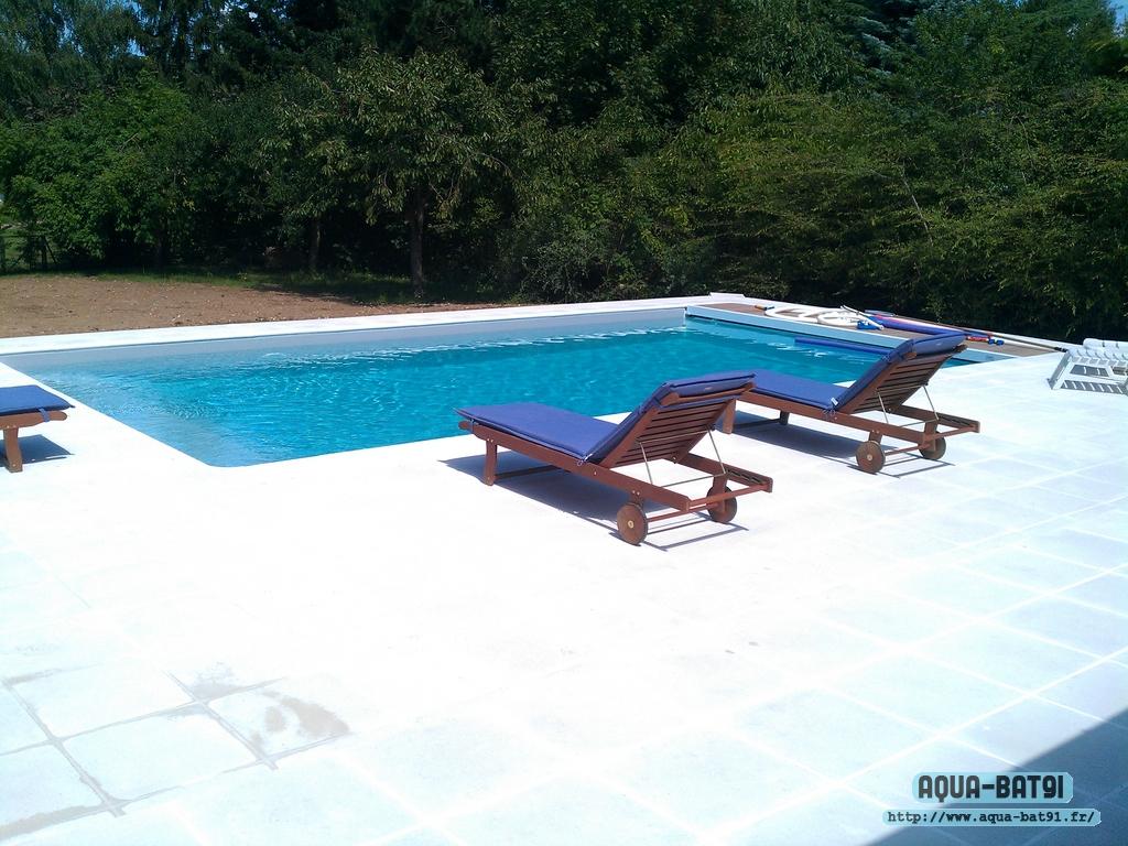 Piscine beton avec liner aqua bat91 for Piscine avec liner