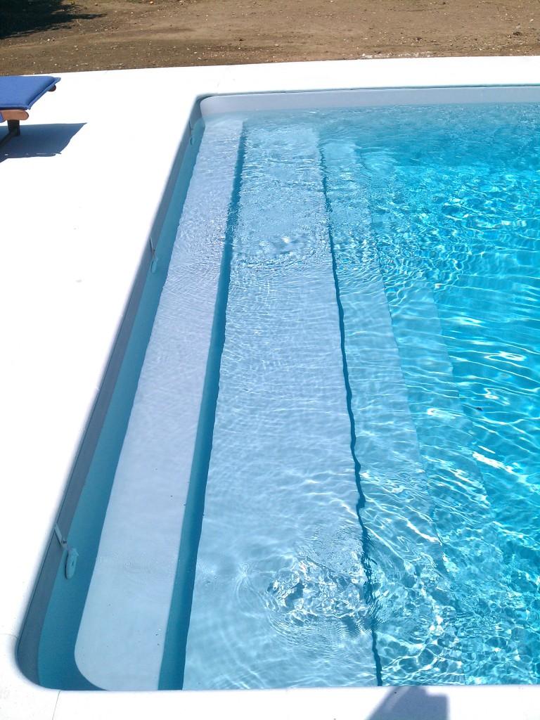 Imag0431 aqua bat91 for Liner piscine turquoise